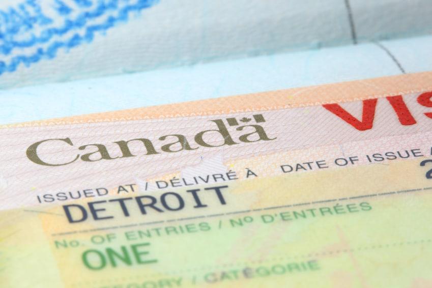 se rendre au Canada